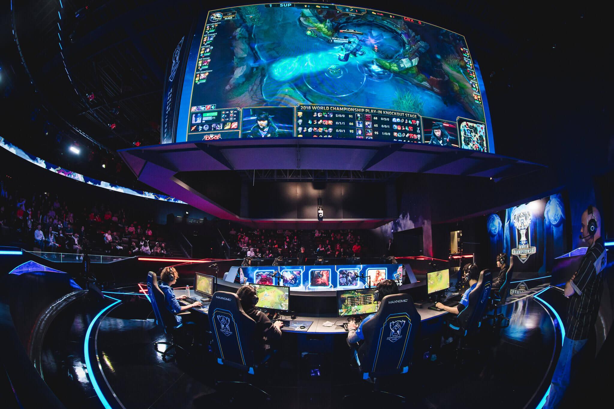 League of Legends stars Uzi, iloveoov and more fined for toxic behavior