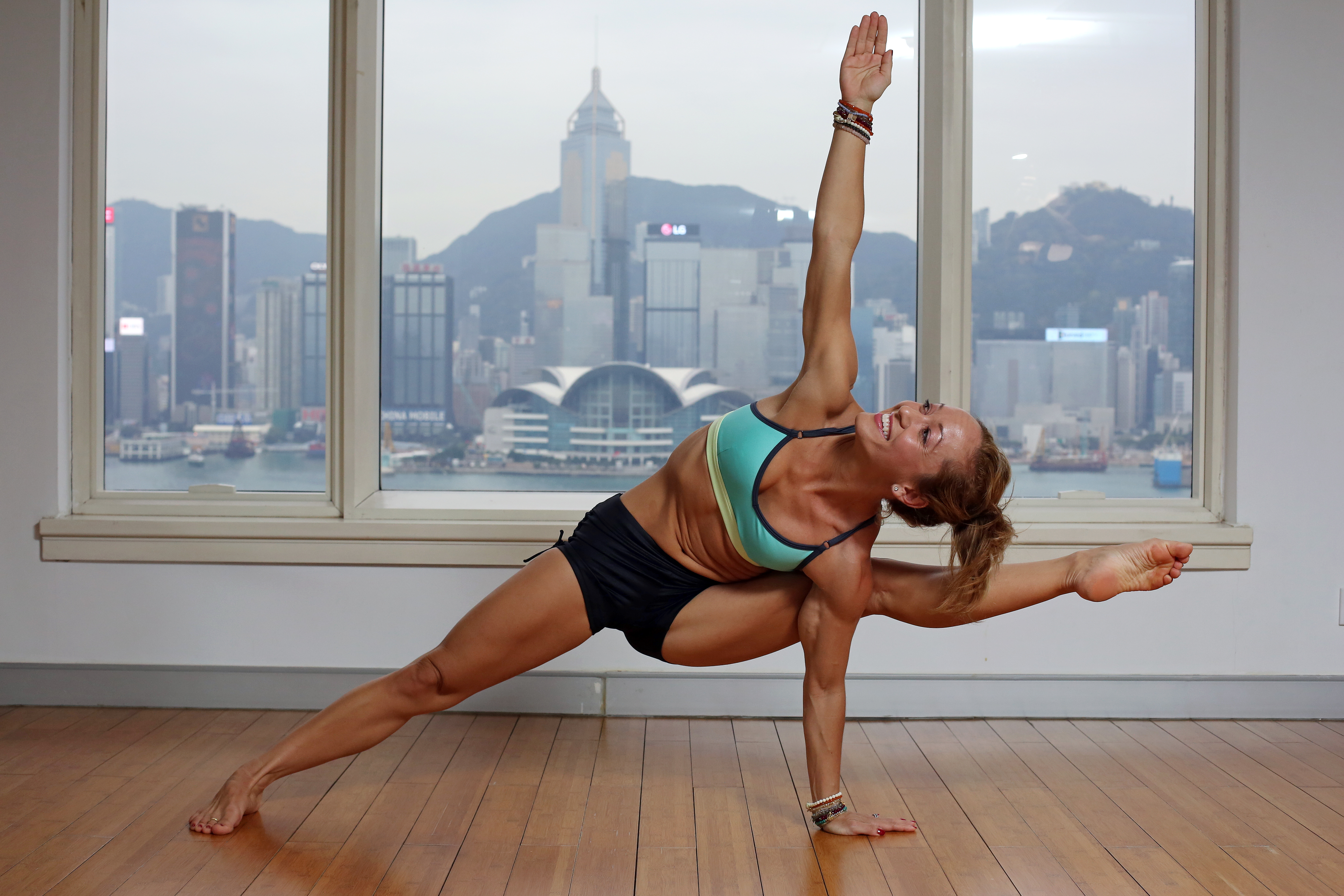 How to take the perfect yoga selfie using your smartphone   South ...