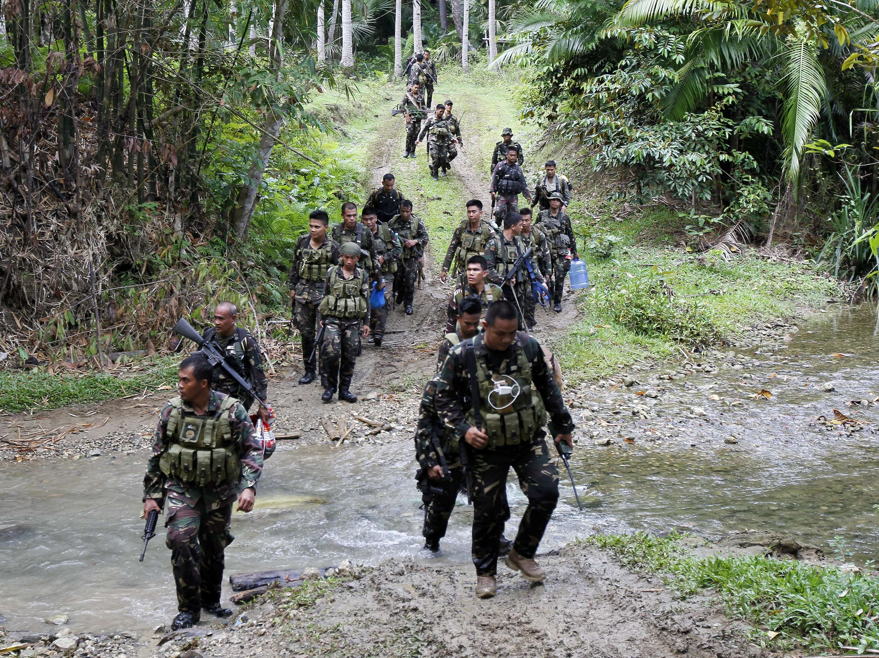 Philippine militants behead two Vietnamese hostages | South
