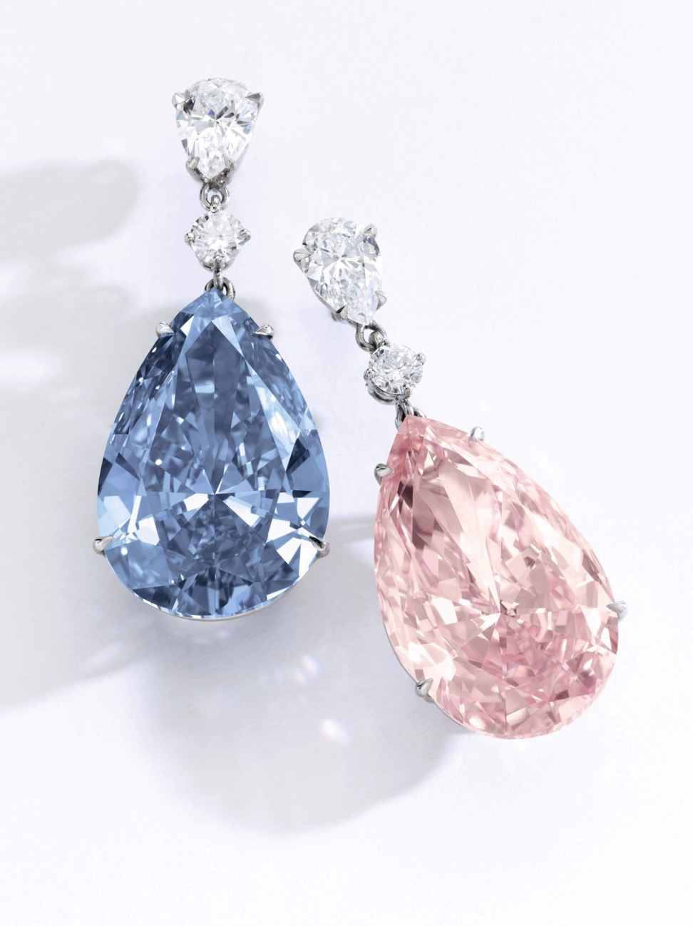 Sotheby S Magnificent Jewels And Le Will Feature The Apollo Artemis Diamonds Which Together Form Most Valuable Earrings Ever To Be