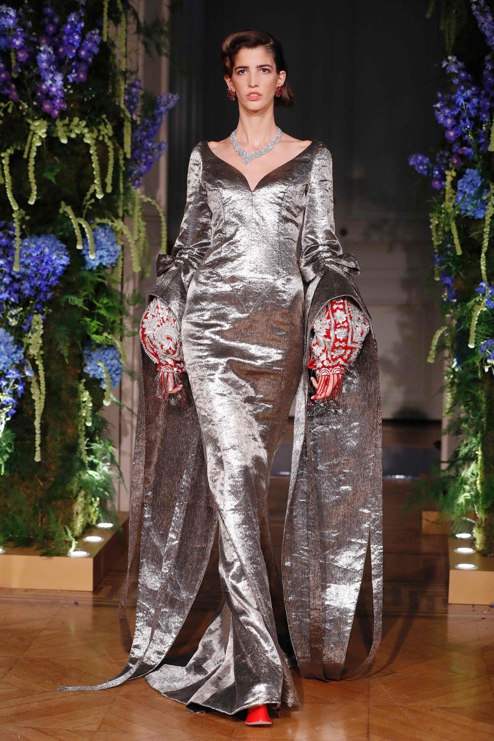 Chinese Designer Guo Pei Goes For Gold At Paris Haute Couture Week Style Magazine South