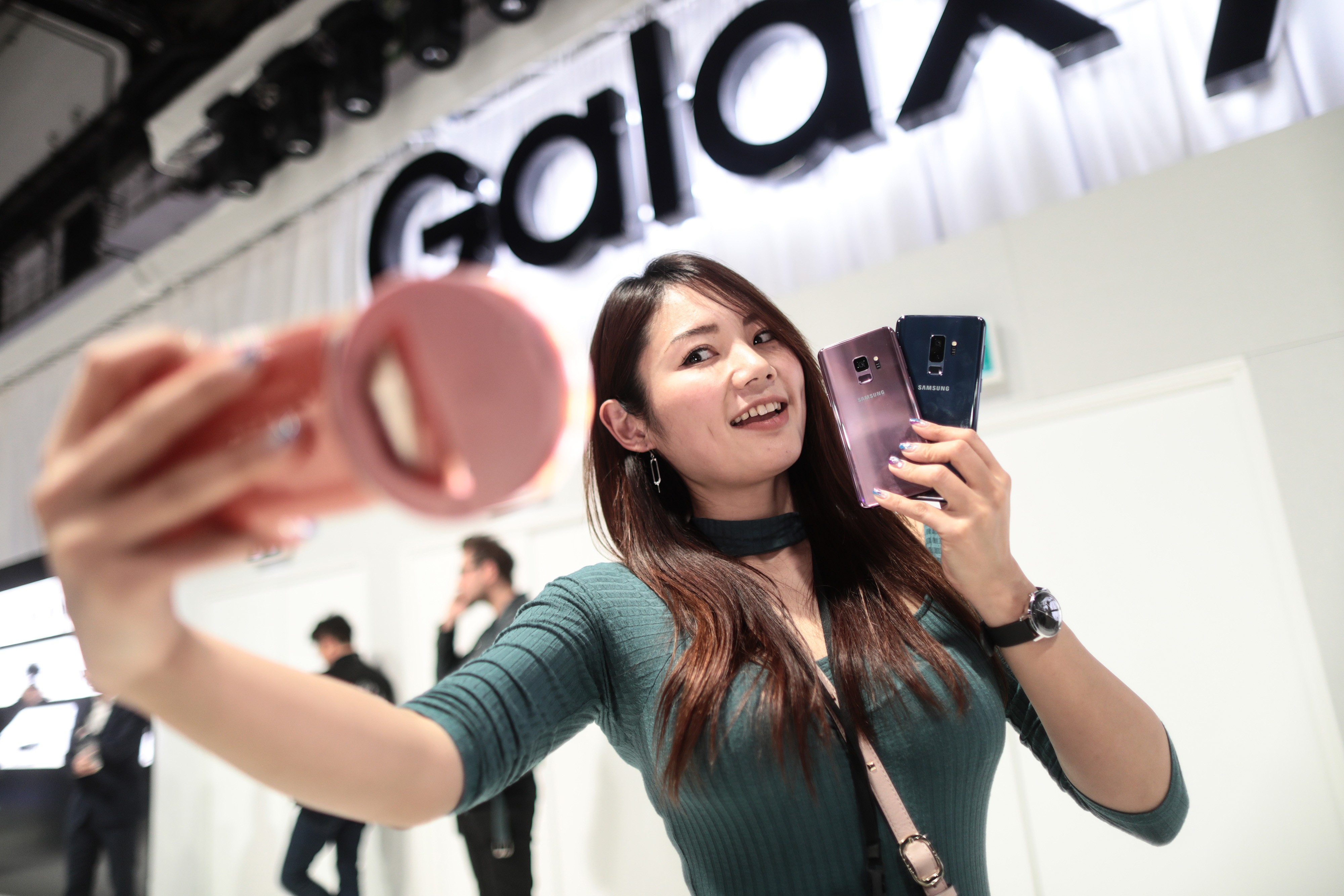 How Samsung went from No 1 to also-ran in China's smartphone