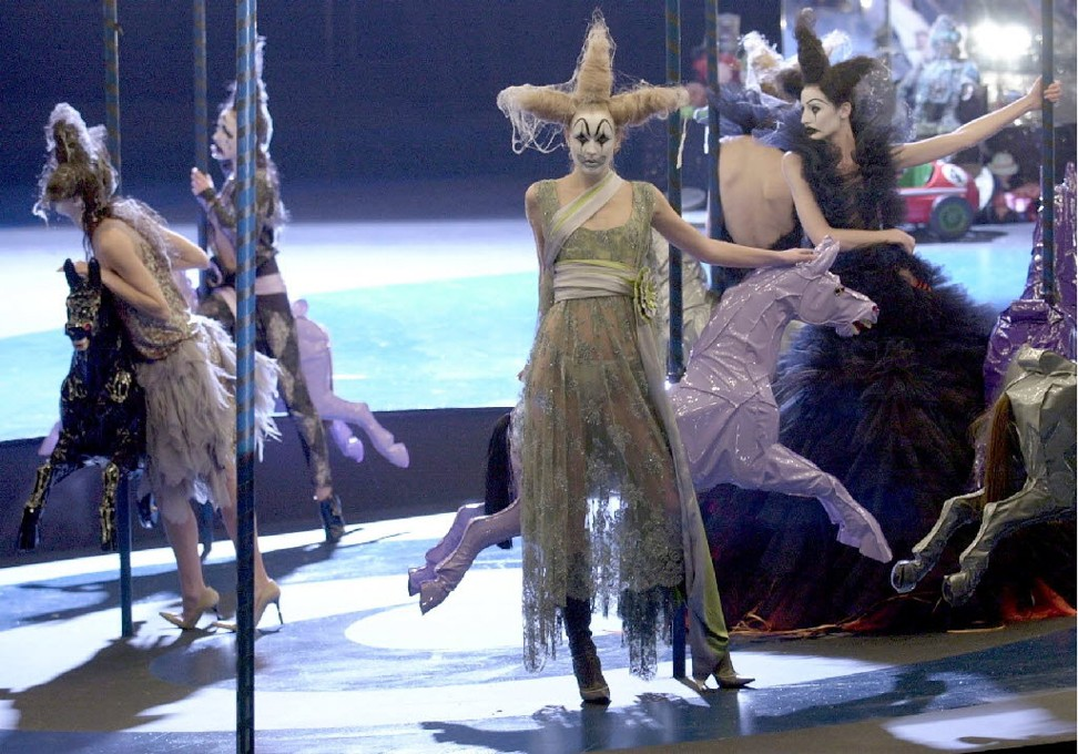 5 Times That Alexander McQueen Made History In Fashion