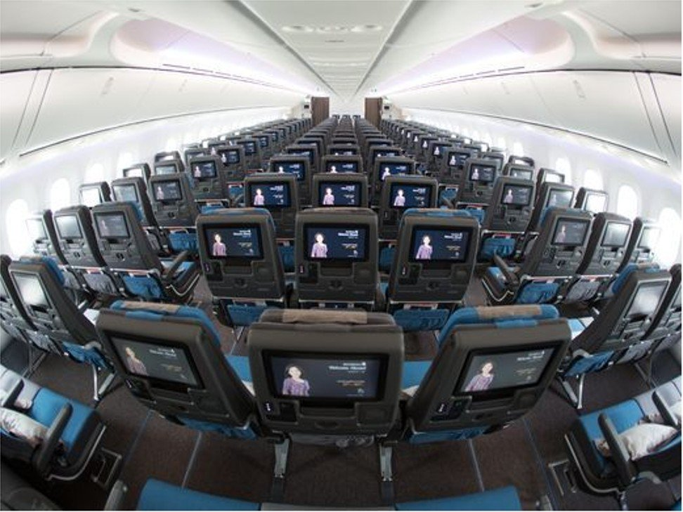 Another View Of The Economy Cabin In Singapore Airlinesu0027 First Boeing 787 10.  Photo: Jeremy Dwyer Lindgren