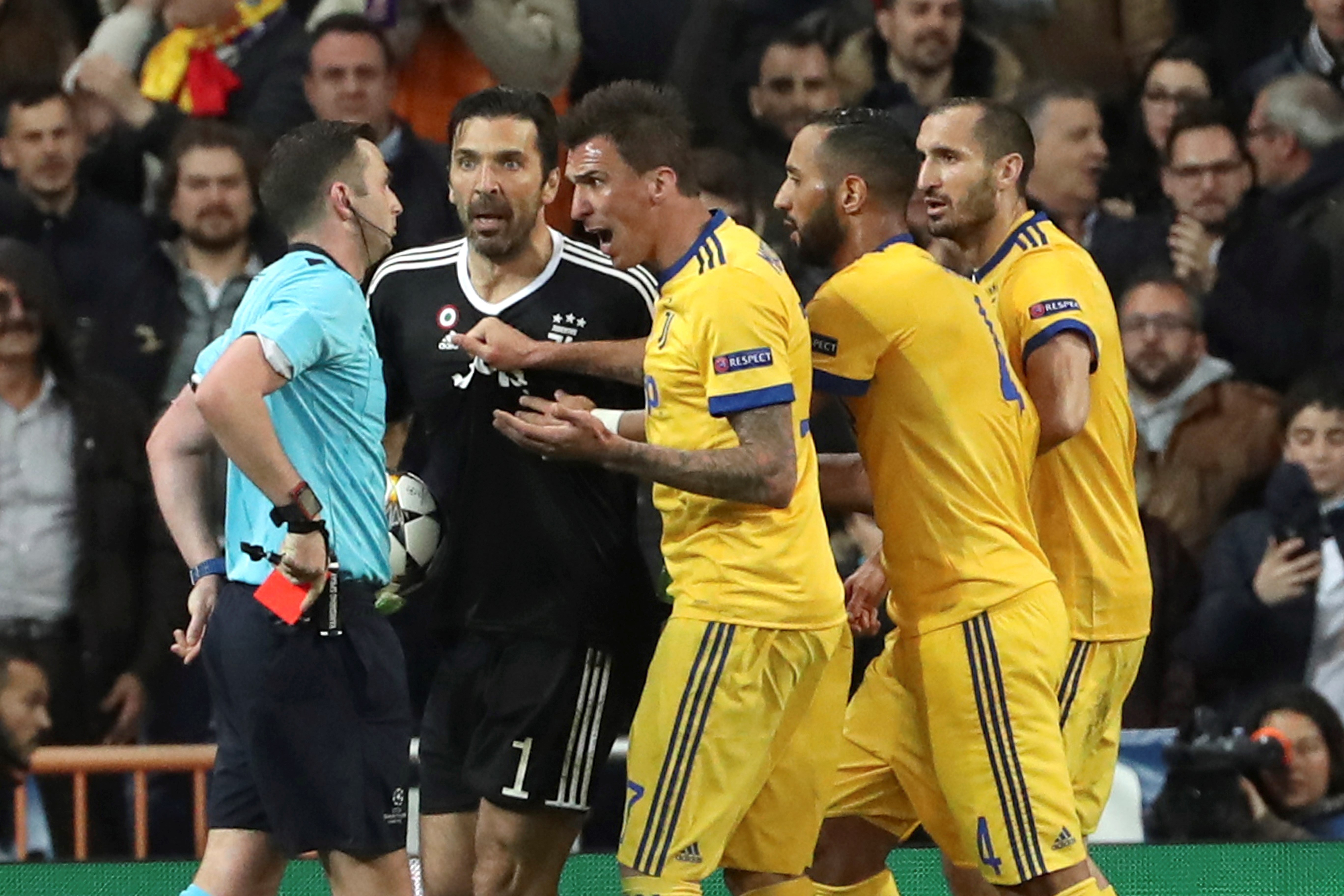 caecaeea682 'Referee has a garbage bag for a heart': Buffon rages as Ronaldo penalty  puts Real Madrid into Champions League semi-finals | South China Morning  Post