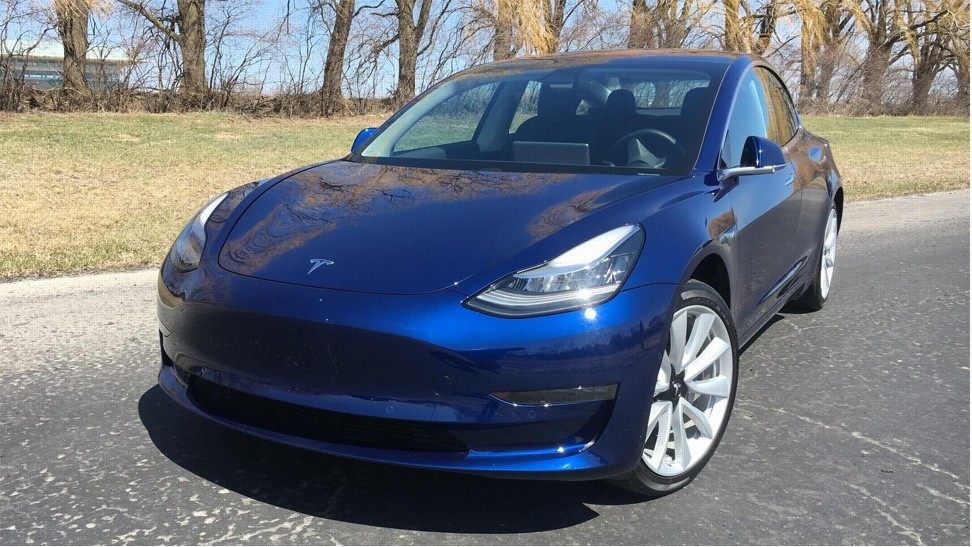 tesla model 3 best affordable electric car may be worth the wait style magazine south. Black Bedroom Furniture Sets. Home Design Ideas