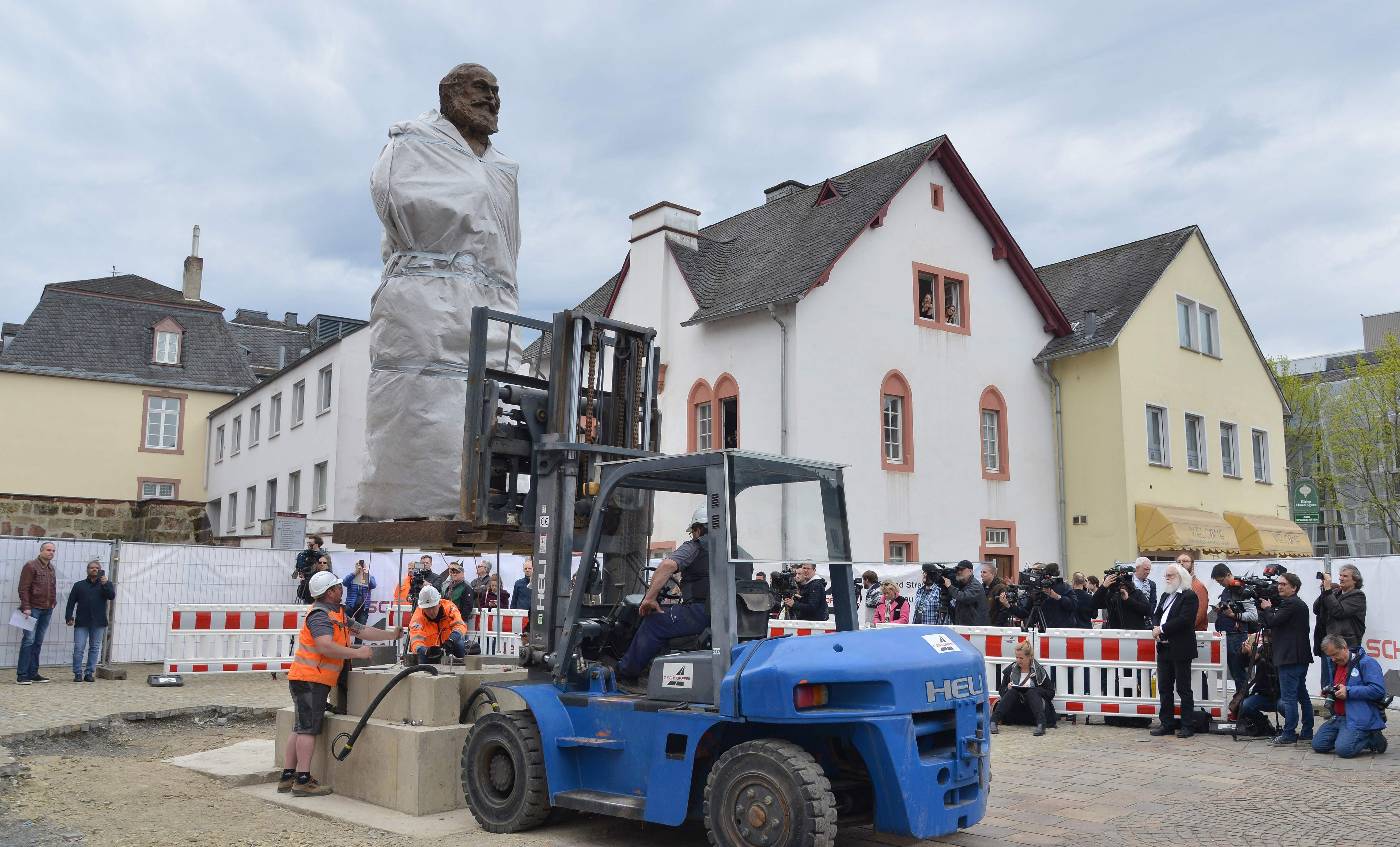 Karl Marx at 200: the giant Chinese statue that has become a