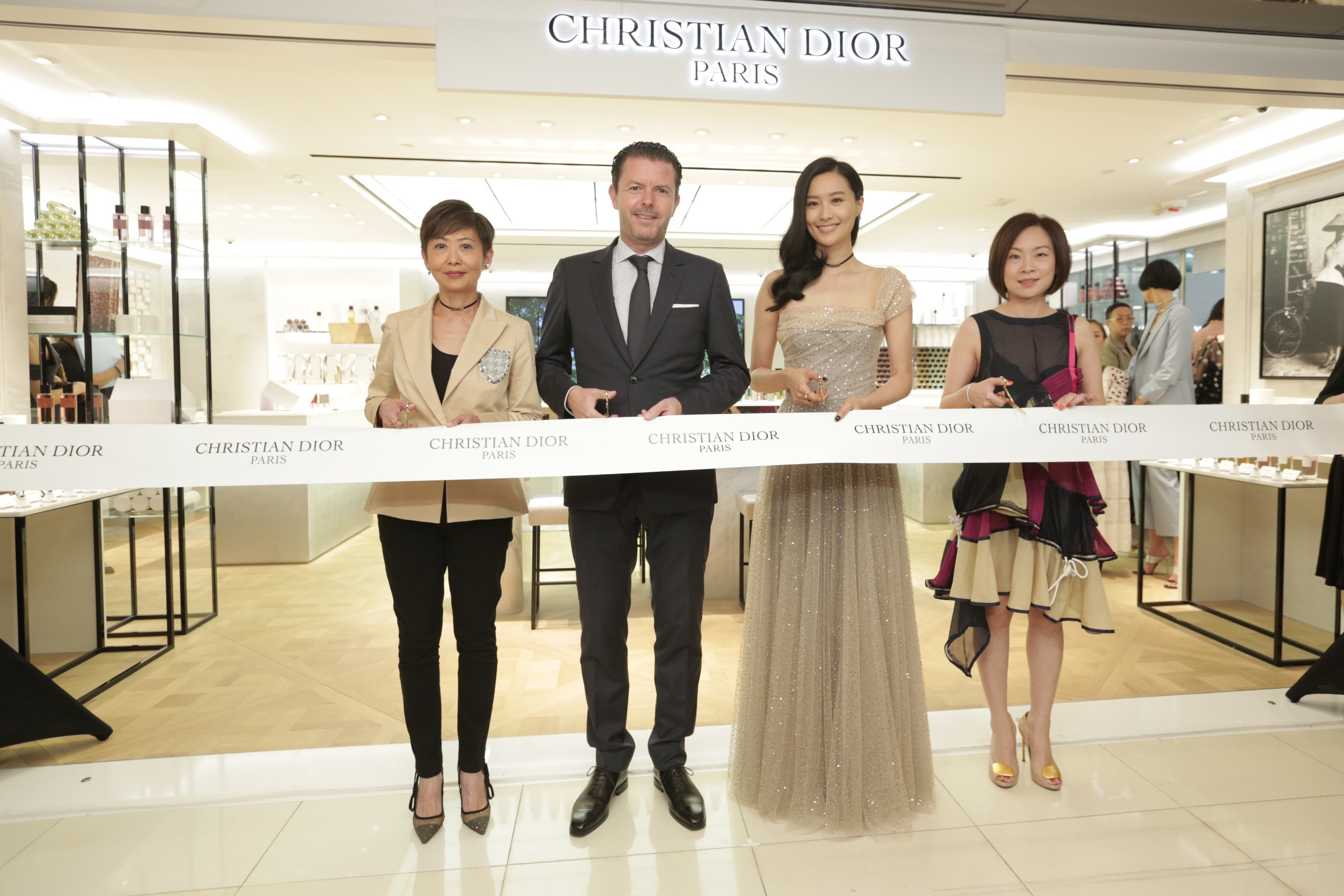 1b55d08fd66c Dior opens first perfume boutique in Hong Kong