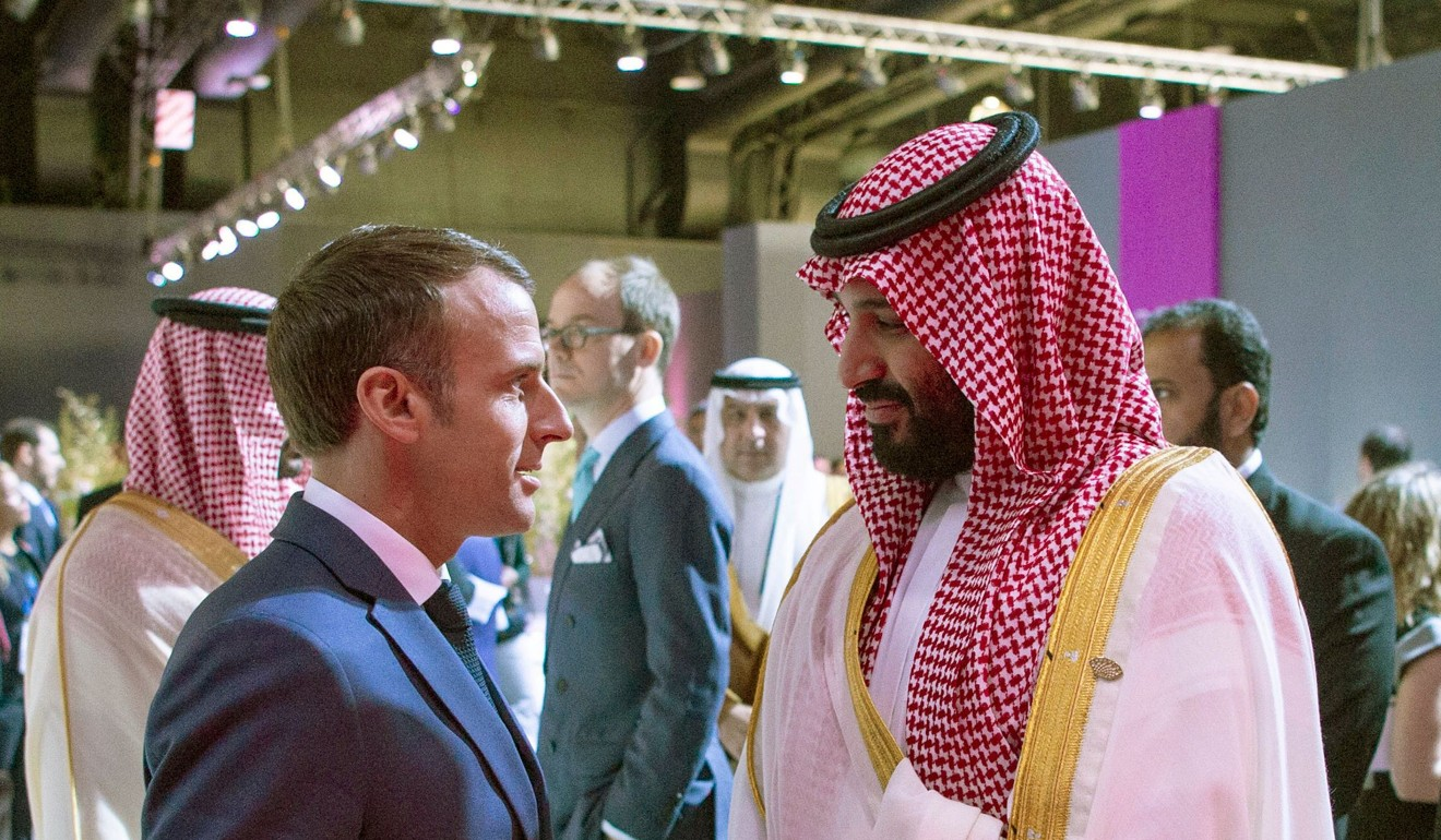 Prince Mohammed bin Salman chatting with French President Emmanuel Macron in Buenos Aires. Photo: Bandar al-Jaloud/Saudi Royal Palace/AFP