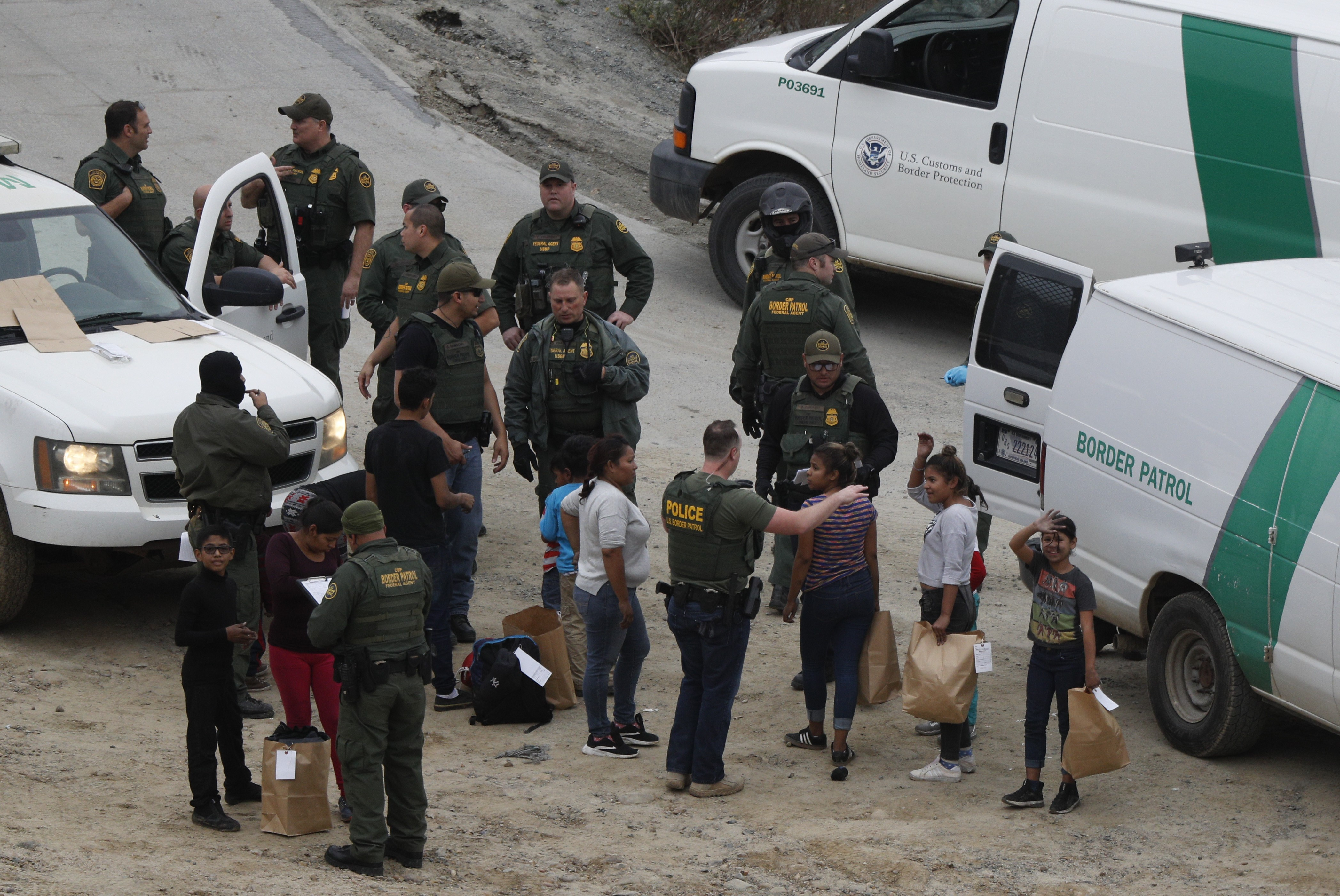 Asylum claims 'have doubled' at US border with Mexico, new