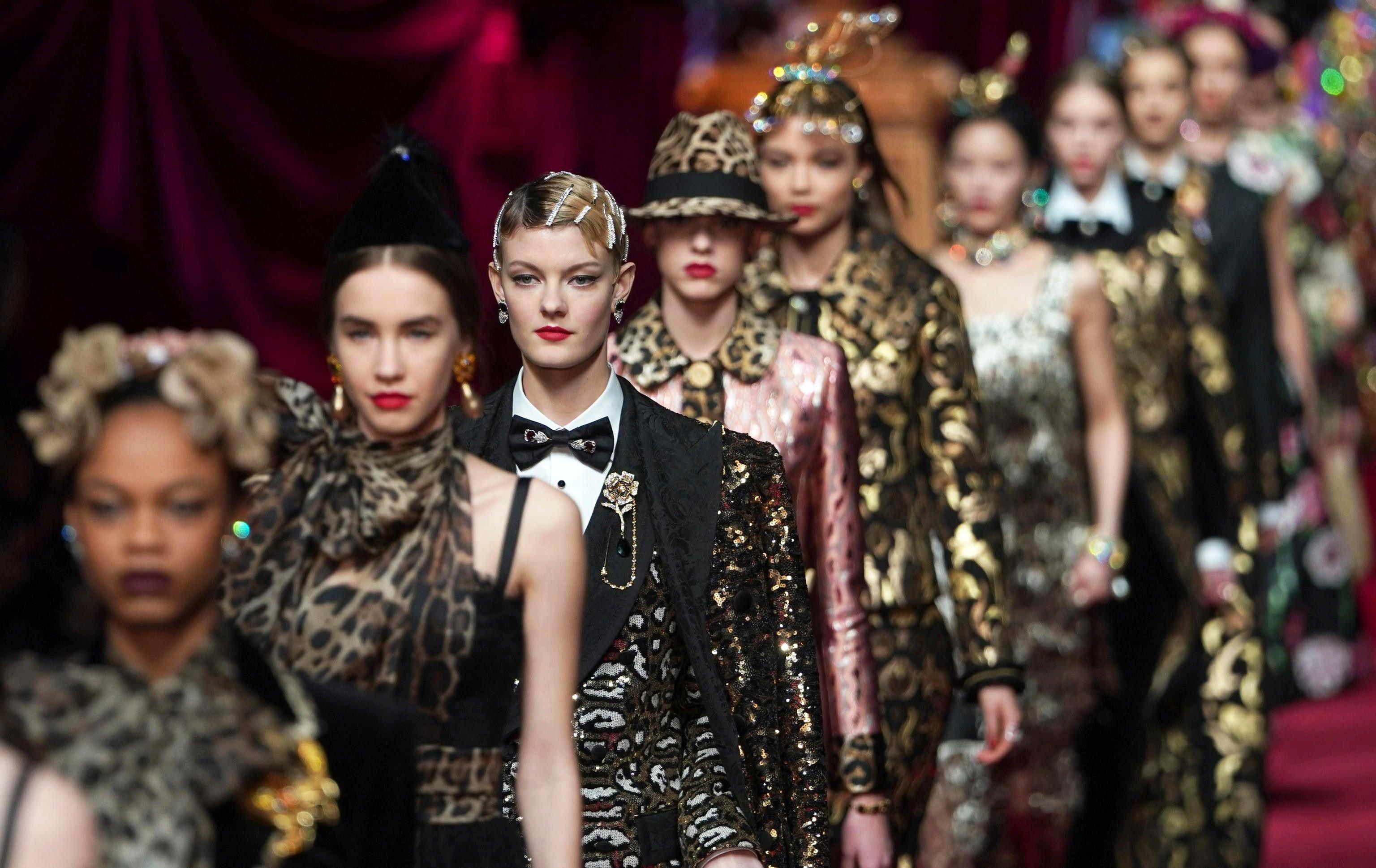 119b53001692 Milan Fashion Week: Fendi says tearful goodbye to Karl Lagerfeld while  Bottega Veneta's Daniel Lee makes a terrific debut