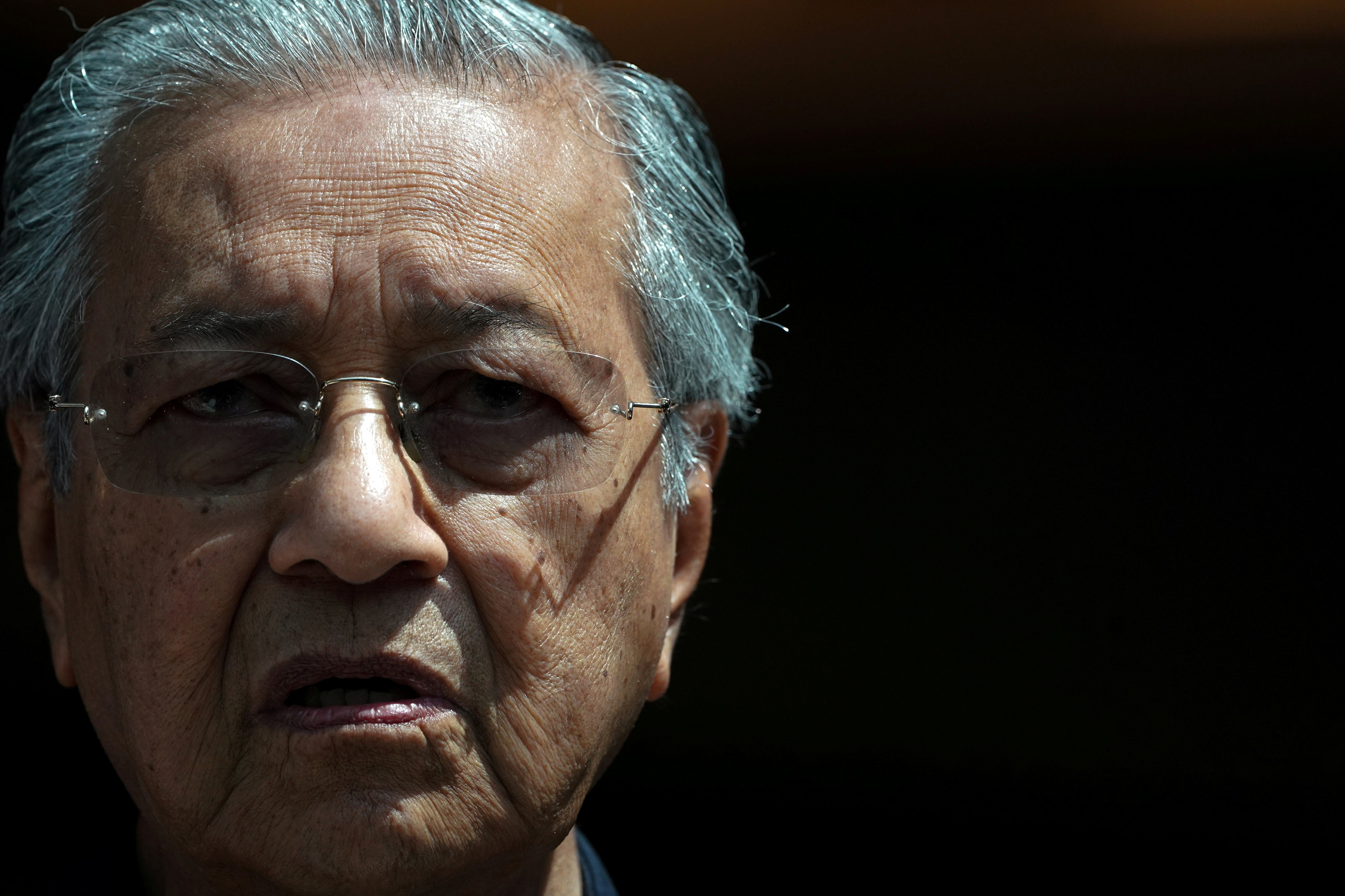 Singapore-Malaysia relations threaten to boil over as Mahathir makes