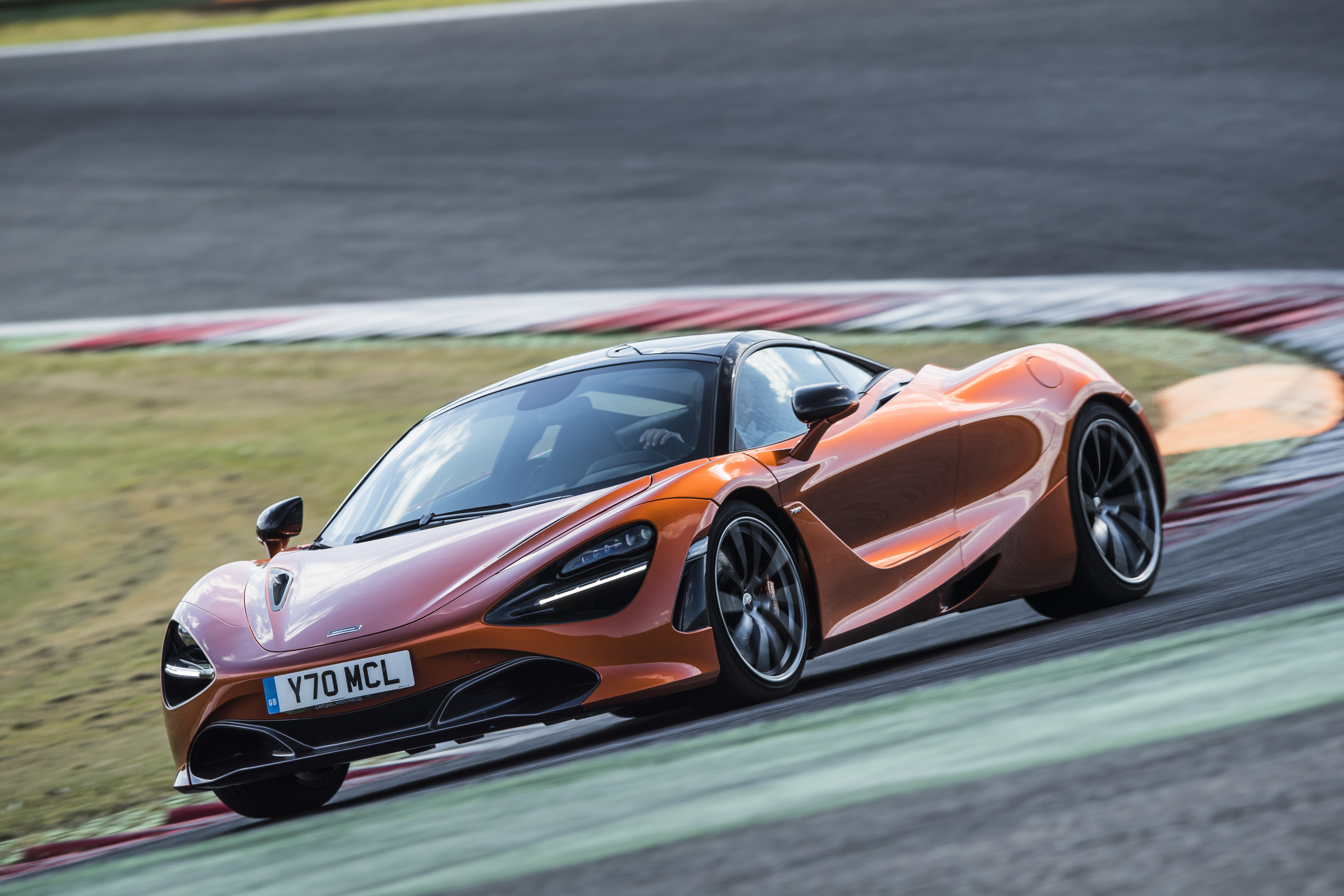 China S Young Tech Millionaires Just The Right Demographic For British Supercar Maker Mclaren As It Zips Past Rivals