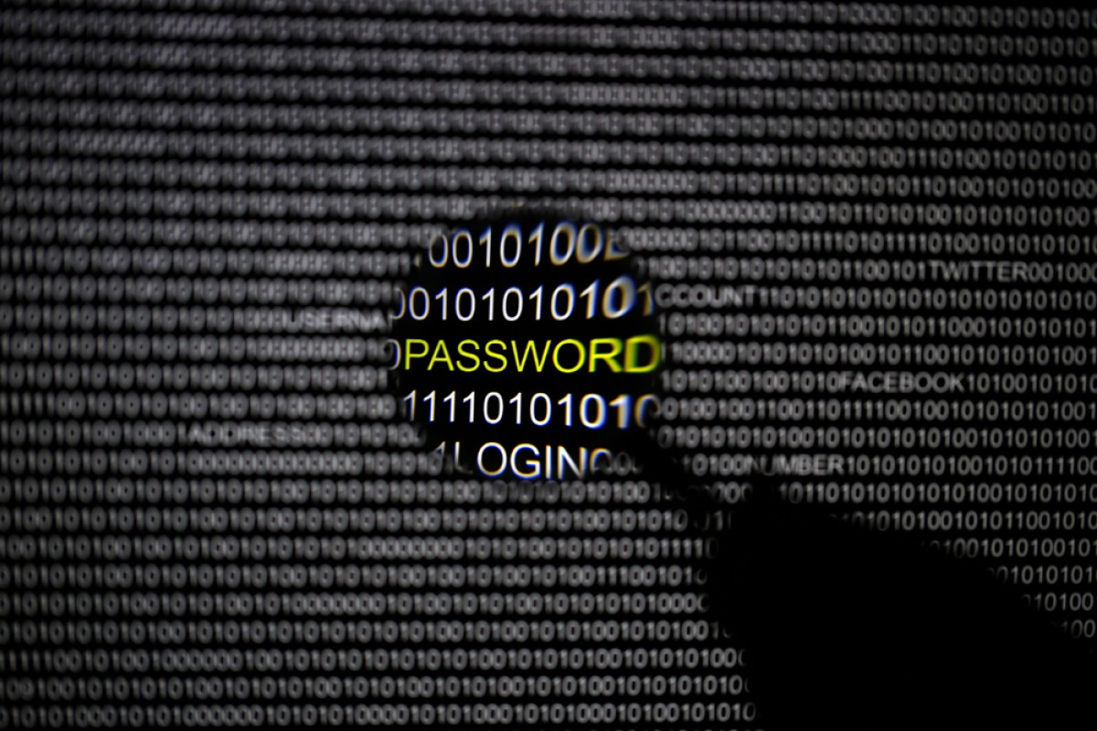 Details of 360m online accounts for sale after hacks, says Hold