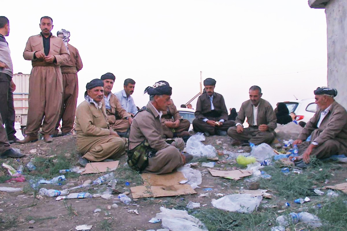 Islamic State takes town of Sinjar from Kurdish forces in