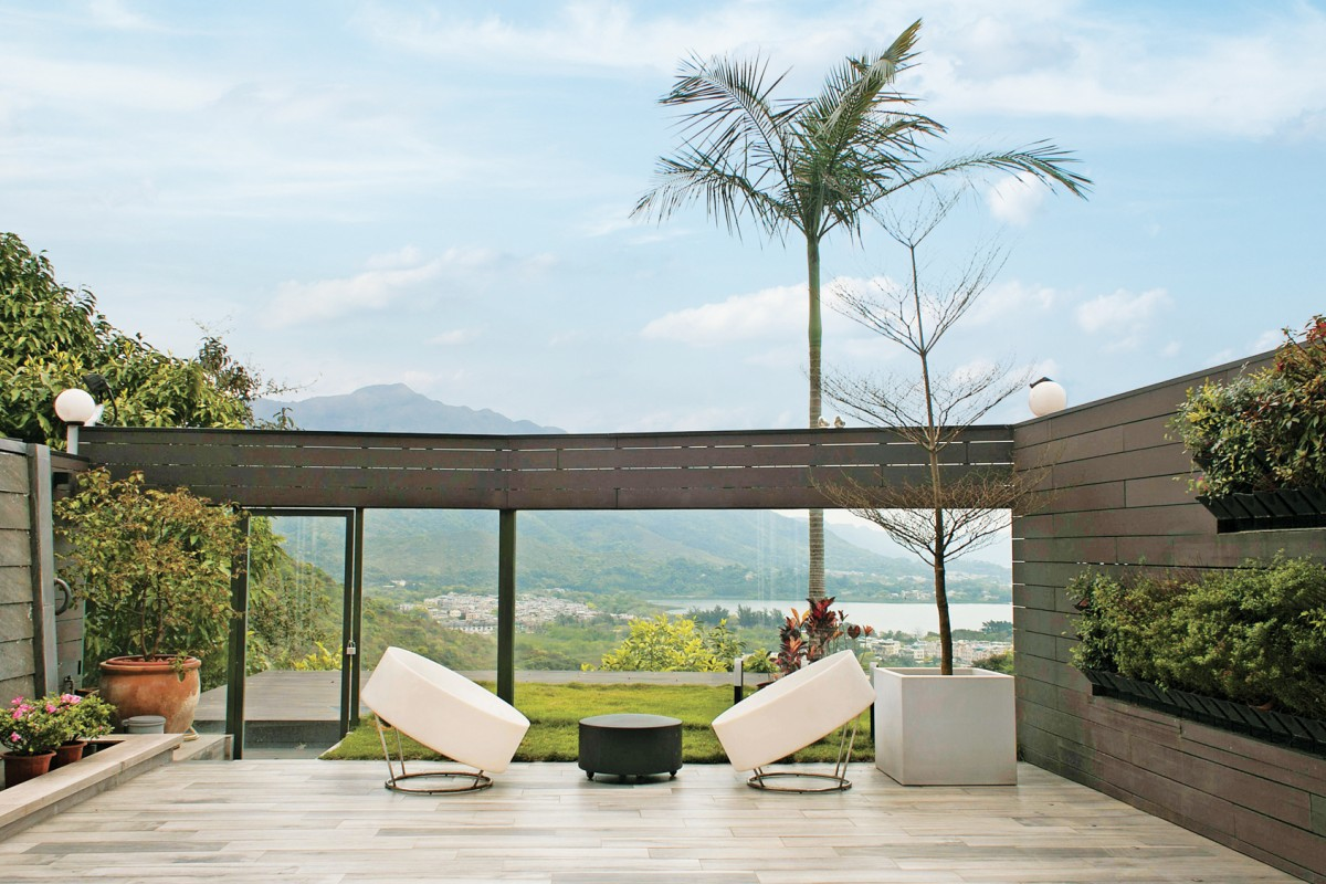 Family swap Hong Kong Island for Tai Po home with rich feng