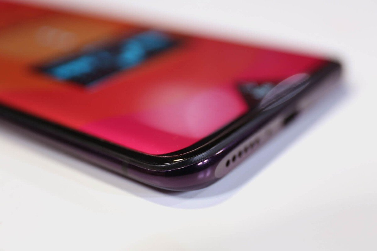 Pop-up camera phone is a beautiful hassle: Oppo Find X