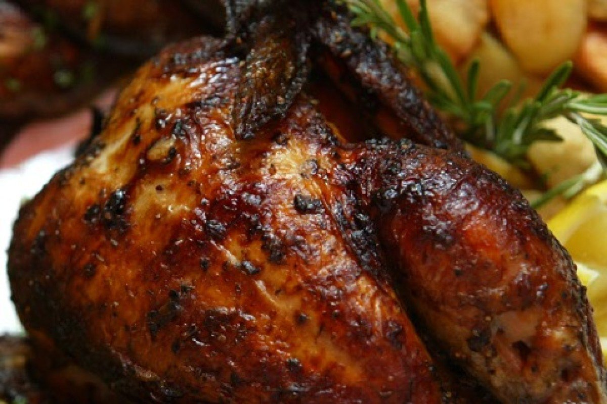 Doctors got it wrong: eating chicken skin now and again IS
