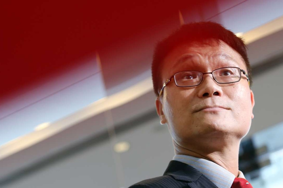 Andrew Kwong controversial top media aide to cy leung has contract