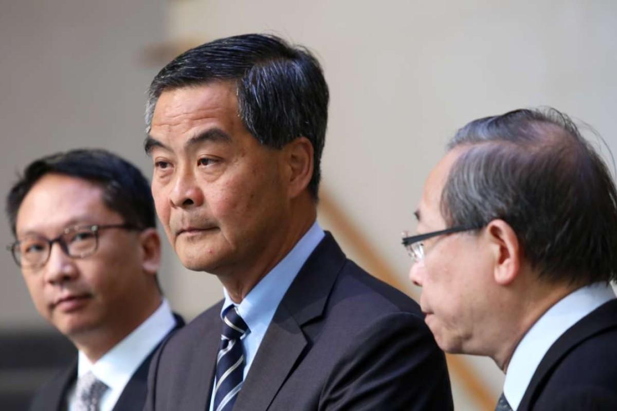 Leung Chun-ying confirms Beijing talks over notification