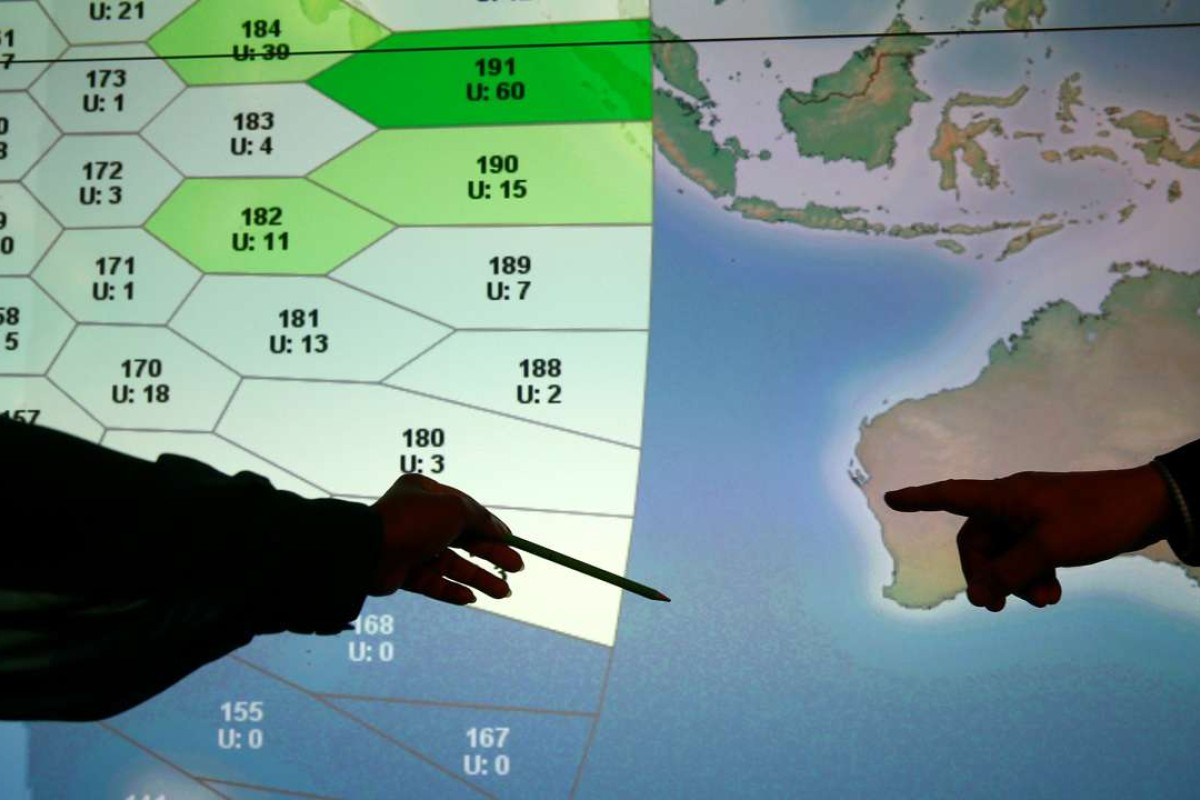 Experts attempt to define new MH370 search zone but requires ...