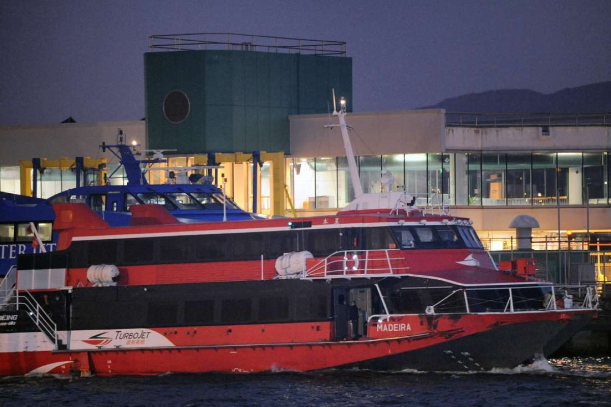 One hurt and hundreds left stranded in high-speed ferry