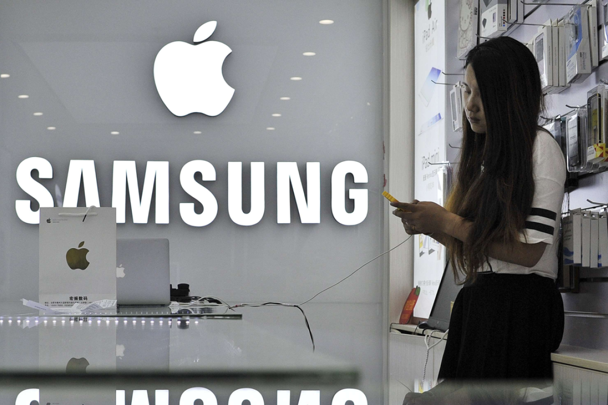 Samsung is buying an AI start-up to take on Apple's Siri and