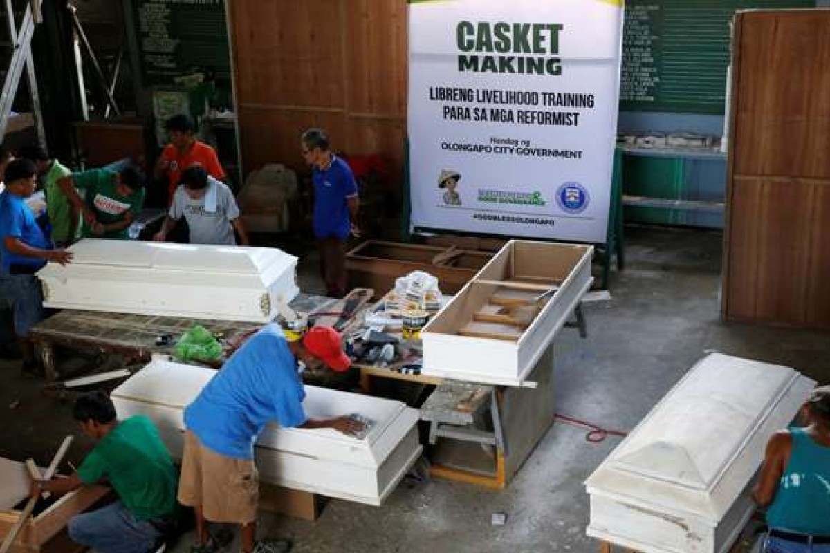 For some drug users in the Philippines, rehab means making coffins