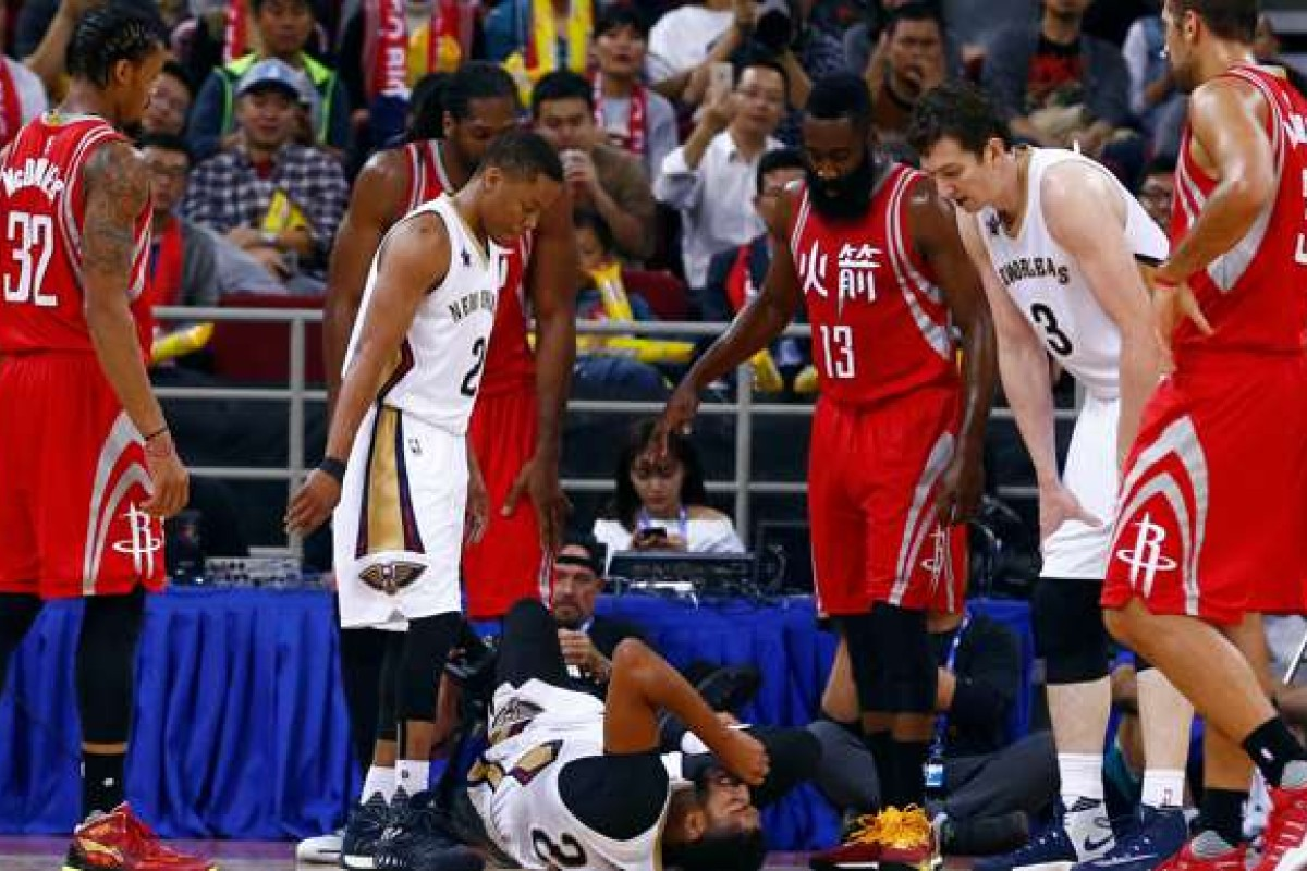 27e95ee7f0d Pain in Beijing as Anthony Davis sprains ankle in NBA pre-season game in  China