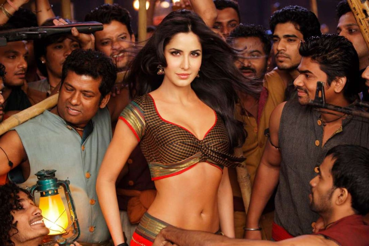 Movie-mad Indians challenged to rewrite sexist Bollywood