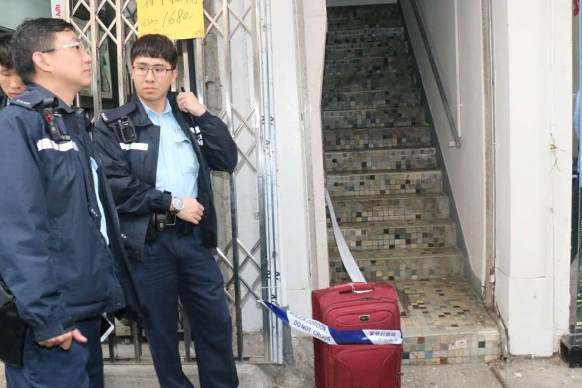 GPS in luggage containing HK$2 8 million helps Hong Kong