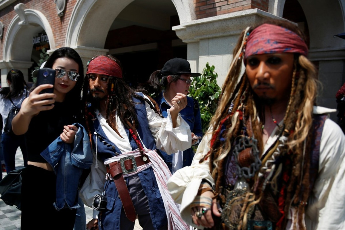 Disneys Pirates Of The Caribbean Rolls Out Red Carpet In
