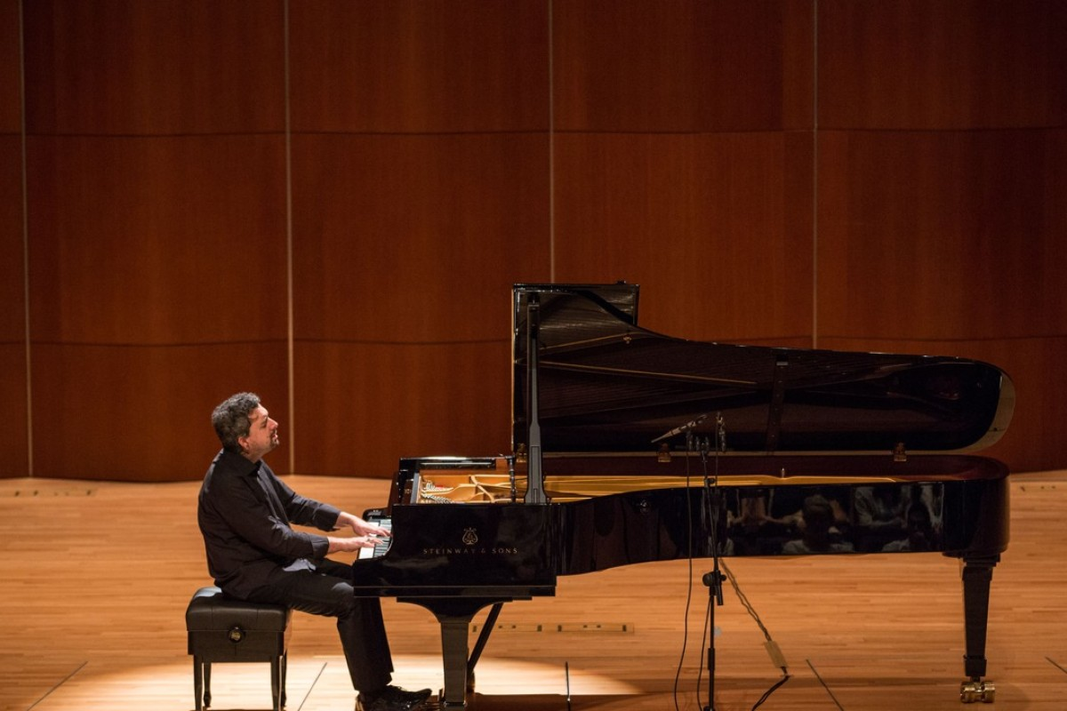Russian pianist to play all 32 of Beethoven's piano sonatas