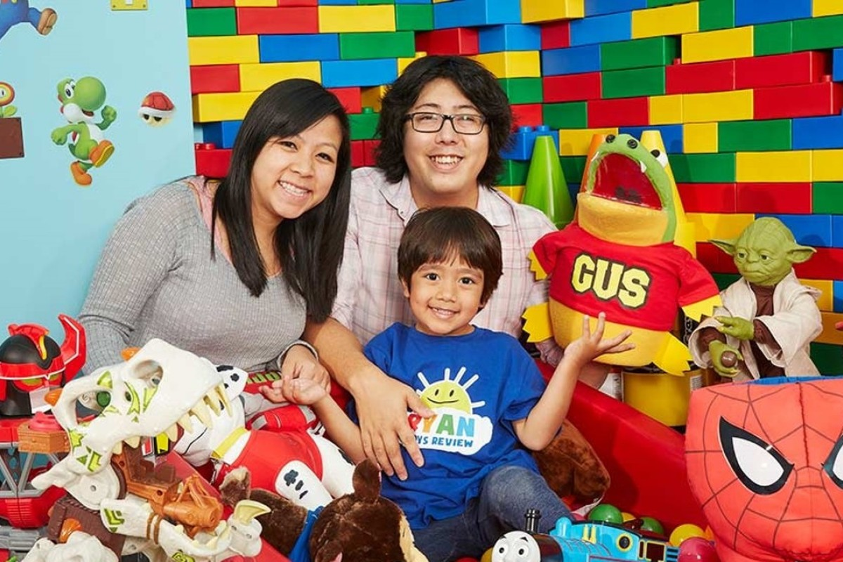 e6795c4999 Photo  YouTube   Ryan ToysReview