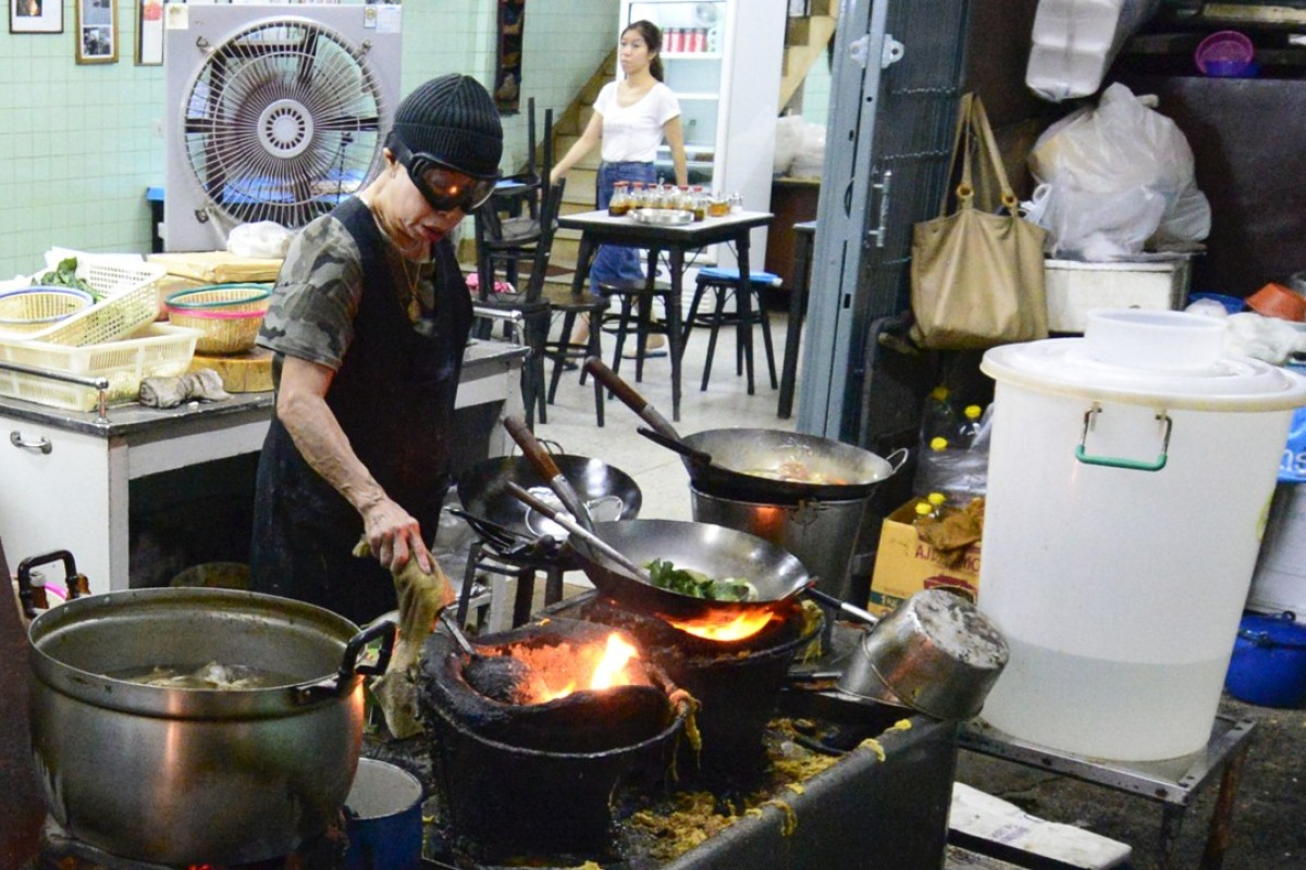 Bangkok Michelin Guide Chinatown Crab Omelette Queen On