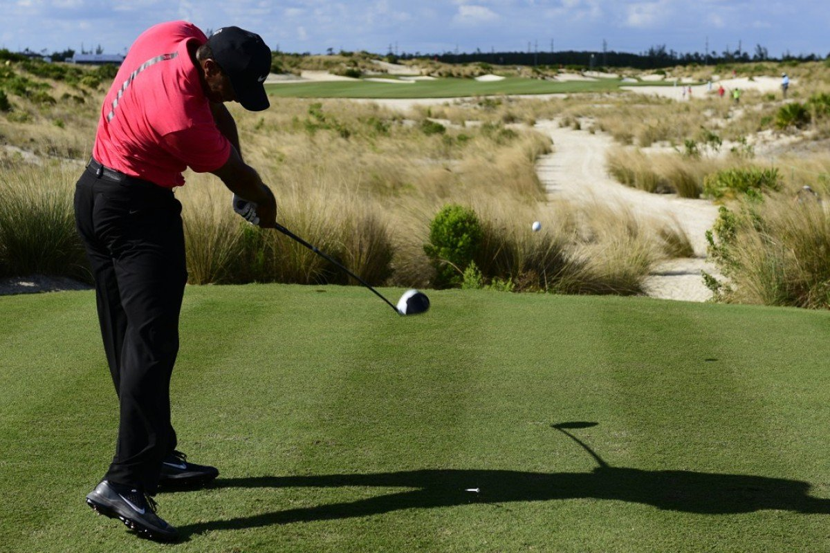 Tiger Woods tees off from the 14th hole during the final round of the Hero World Challenge at Albany Golf Club in Nassau, Bahamas. Photo: AP