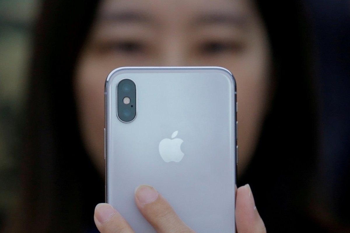 Apple's China sales grow for second straight quarter on