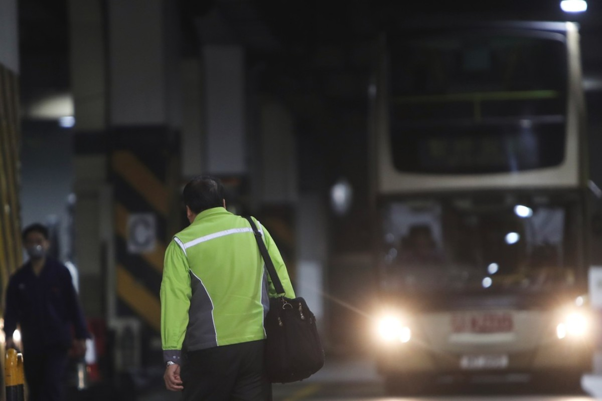 KMB boosts basic pay and work terms for drivers after Hong