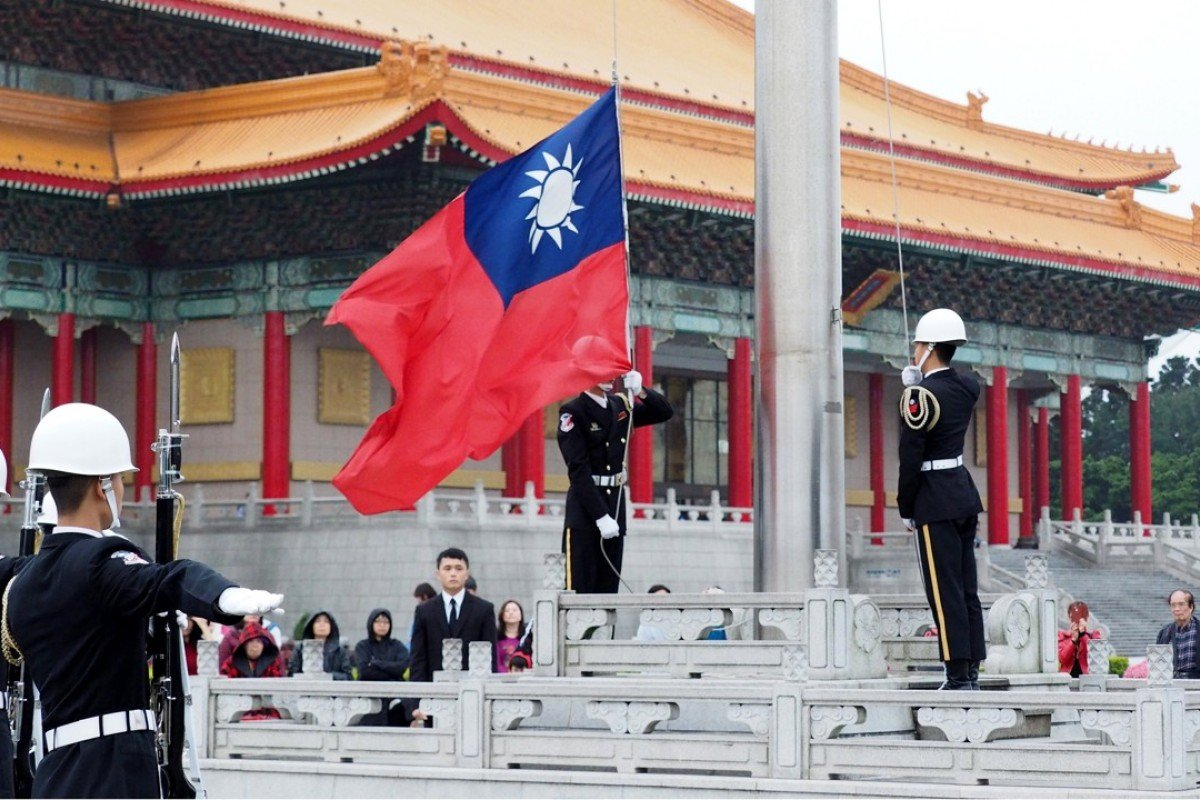 Is Beijing planning to take Taiwan back     by force