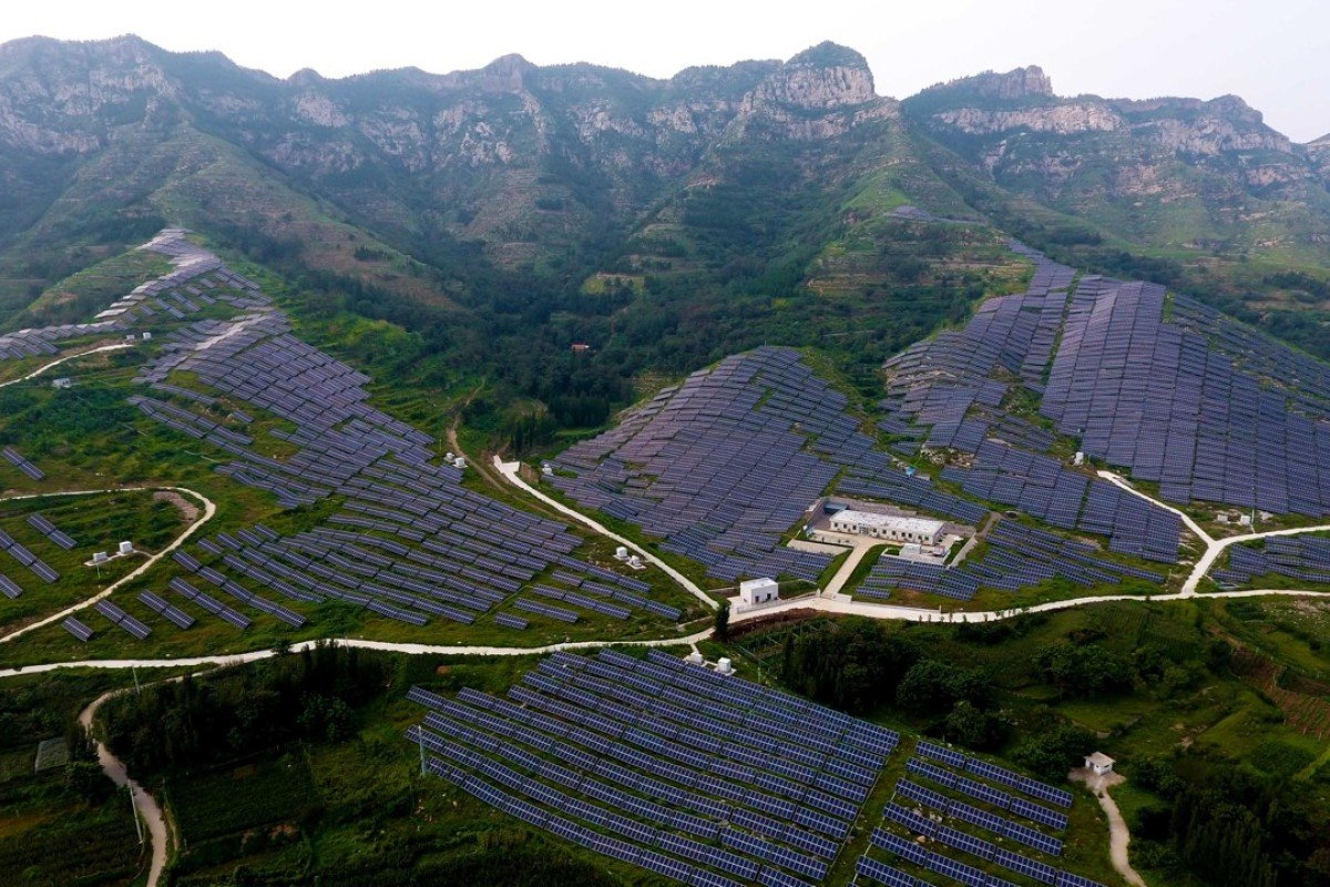 China's solar panel industry faces a year of reckoning amid