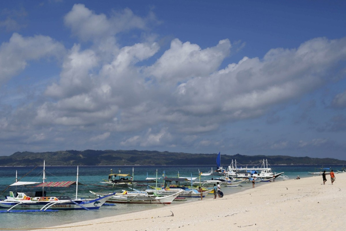 Philippines to close world-renowned Boracay island to tourists for