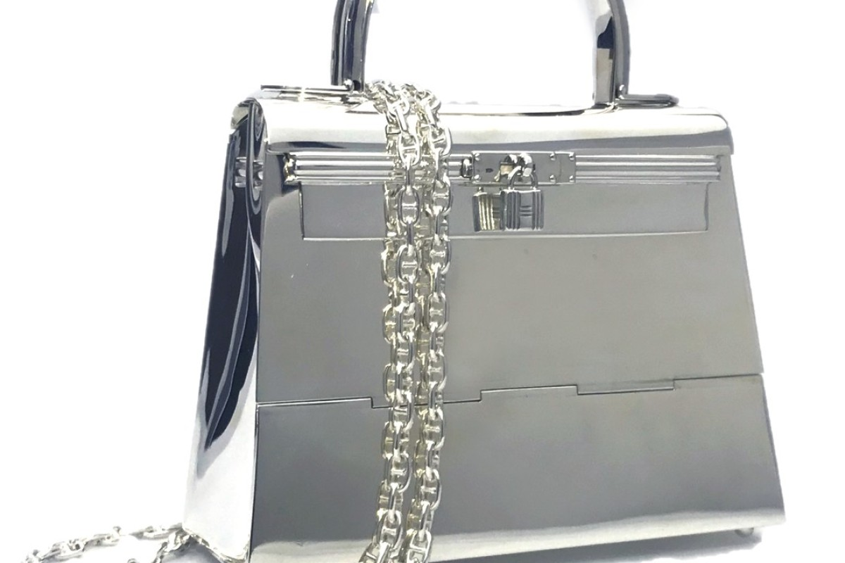 Hermès Silver Mini Kelly bag fetches world record of HK