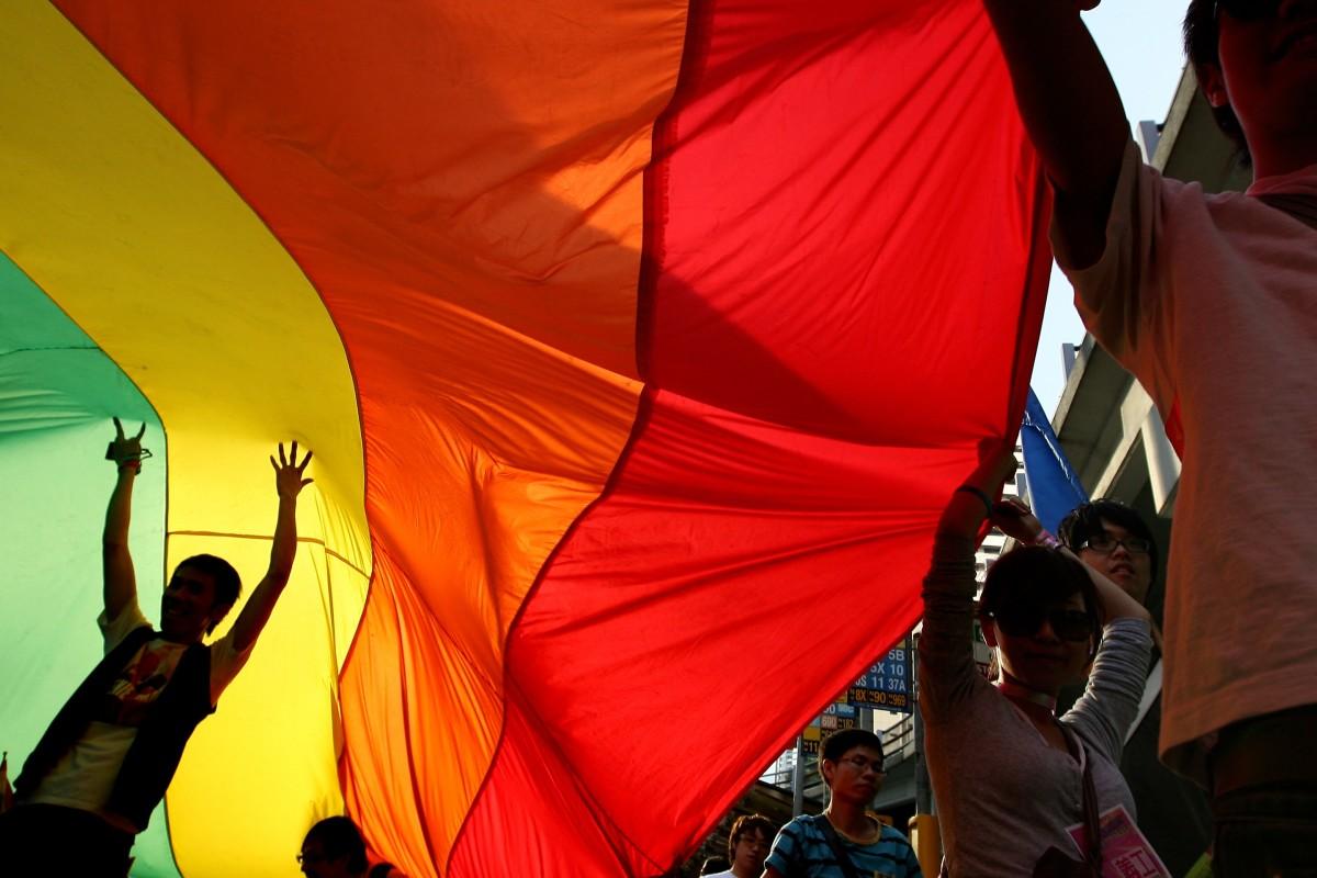 Gay Games SexEbony lesbiennes zuigen borst