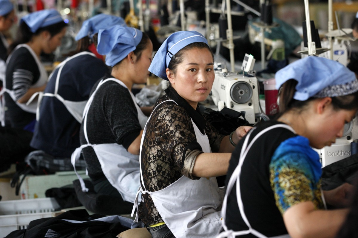 China's once-booming textile and clothing industry faces