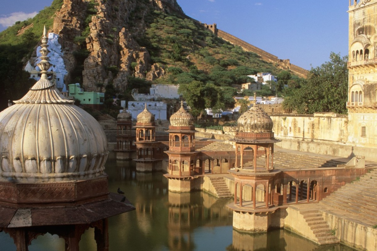 Add another stop to the Golden Triangle of India tourism