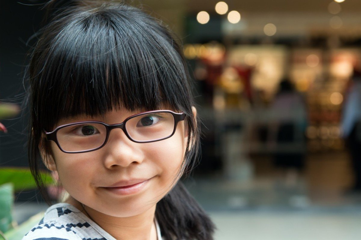 6878f228dca6 Why 700 million in China are waiting for glasses, and how to fix the ...