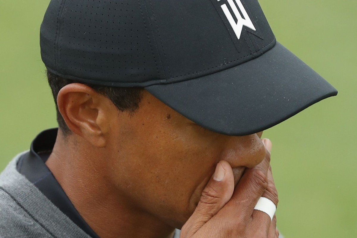 86fc84043980c Tiger Woods fighting a losing battle to make the cut at the US Open at  Shinnecock