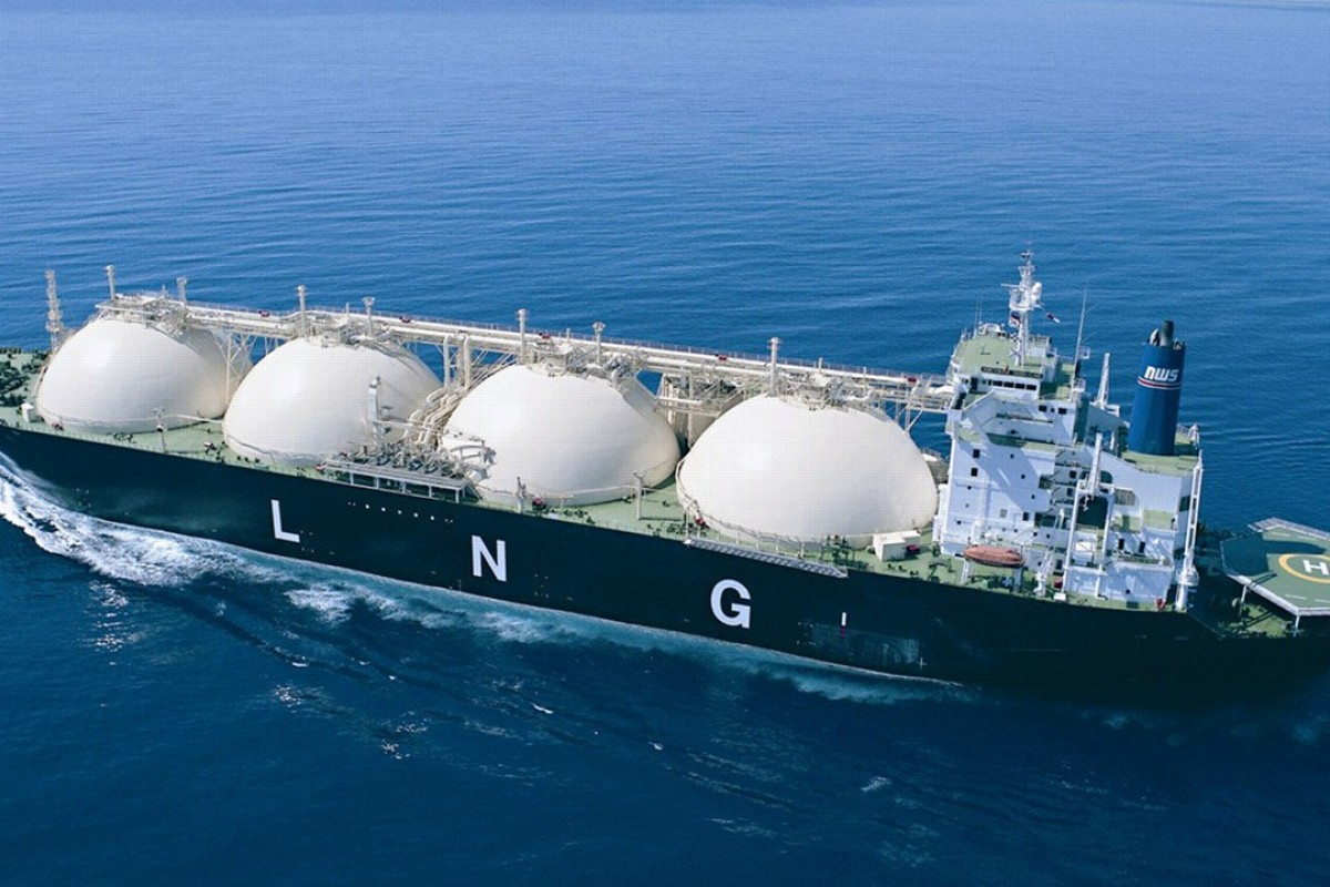 China is forecast to become the world's top importer of natural gas next year, boosted by purchases of LNG. Photo: Reuters