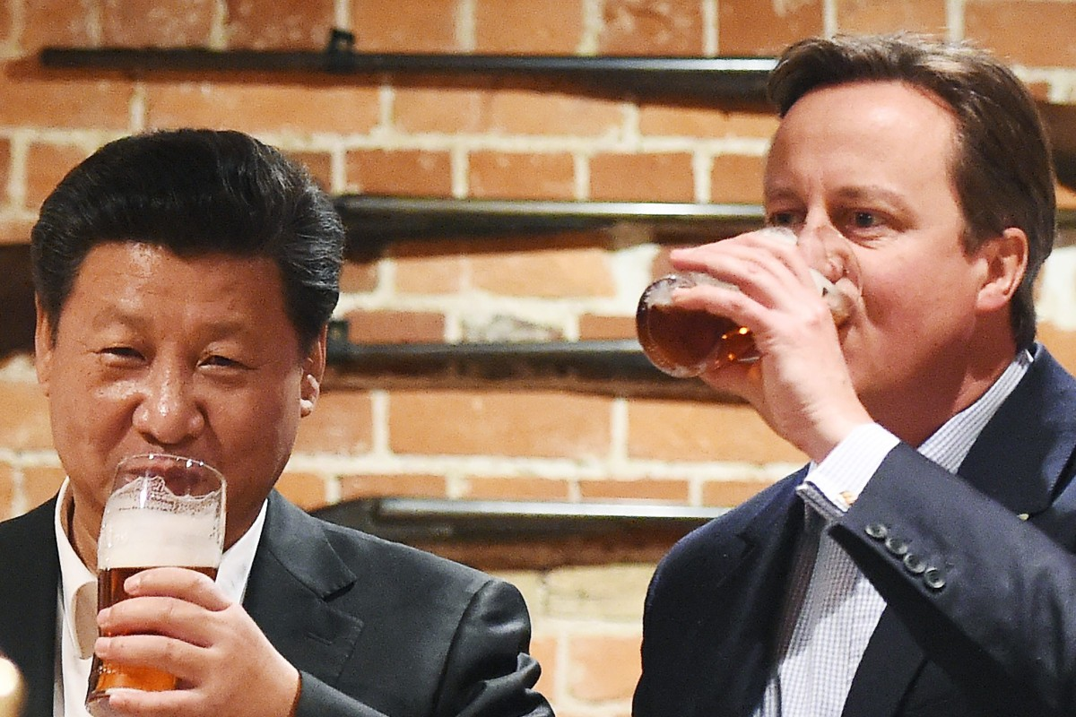 cece6f821819a British Prime Minister David Cameron shares a pint with Chinese President Xi  Jinping during Xi s visit
