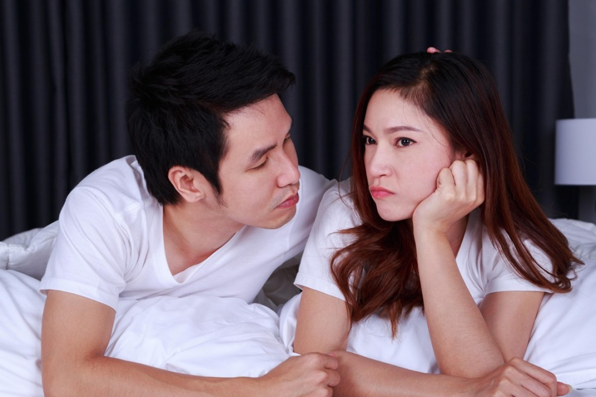 Wife from singapore has orgasm